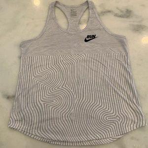 EUC Nike Workout Tank Light Grey Size Large